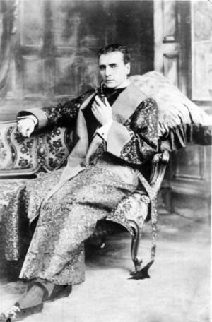 William Gillette Sherlock Holmes